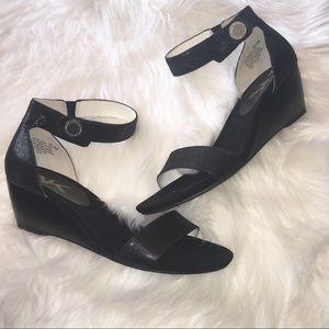 ❗️30%off ❗️ Anne Klein Calbert Ankle Strap Wedges